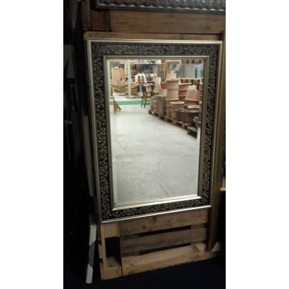 Spiegel met lijst 79x109 cm