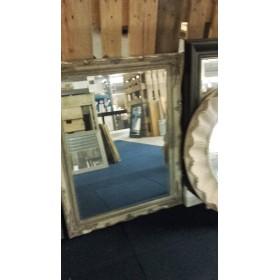 Spiegel met lijst 72.5 x 94.5 cm