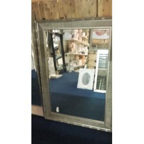 Spiegel met lijst 77x107 cm